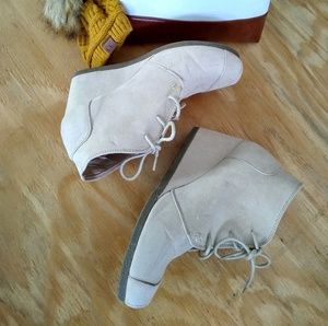 Chase & Chloe-Winter Wedges